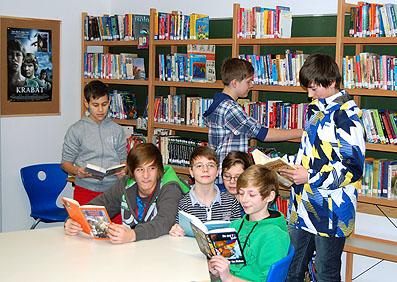 """Wer liest, hat mehr vom Leben: Das """"Lesende Klassenzimmer"""" ist ein Ort zum Schmökern, aber auch zum Arbeiten."""