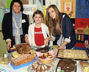Glauben heißt Teilen: Die jährliche Misereor-Aktion hilft Kindern in der Dritten Welt, zum Beispiel durch Kuchenverkauf