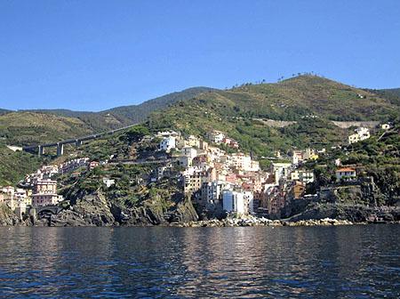 Blick auf eines der Cinque Terre