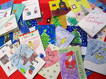 Von Schülern für die Senioren gebastelte Weihnachtskarten