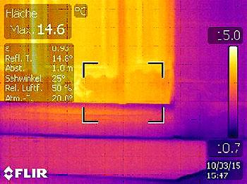 Die Wärmebildkamera macht gnadenlos Energieverluste sichtbar.