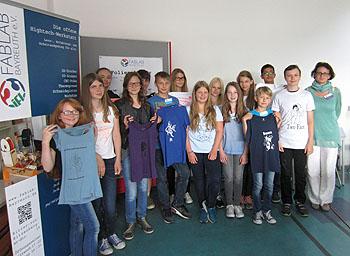 Die Teilnehmer freuten sich über die selbst gedruckten T-Shirts.
