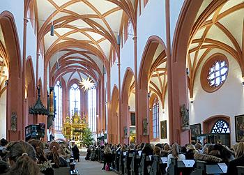 Die Stadtkirche gab dem Gottesdienst einen würdigen Rahmen.