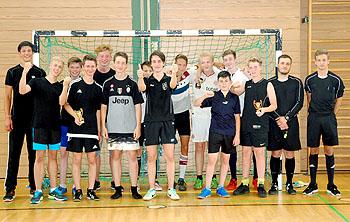 Die Siegermannschaften 1 - 2 - 3 (von links nach rechts)