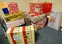 16-17-weihnachtspaeckchen