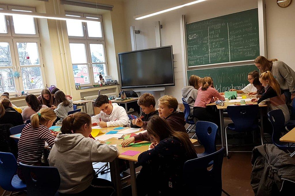 """P-Seminar Mathematik: """"Café π – Von Schülern für Schüler erklärt"""""""