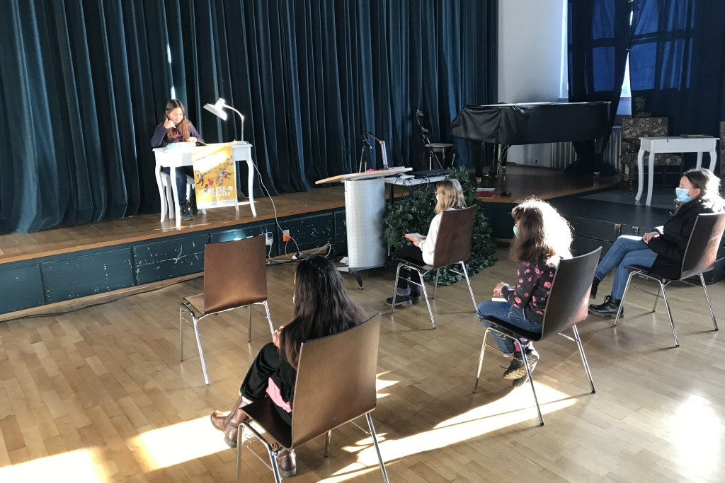 Vorlesewettbewerb 2020 – Hohes Niveau vor kleinem Publikum